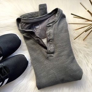 Gap Long Sleeve Tee Shirt Medium Gray Henley T